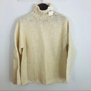 NWT Banana Republic Hand Knit Sweater Turtleneck M